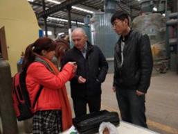 莫斯科客户来访榛子壳炭化设备